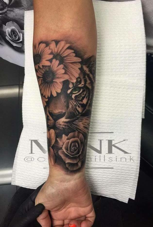 arm tattoos frau