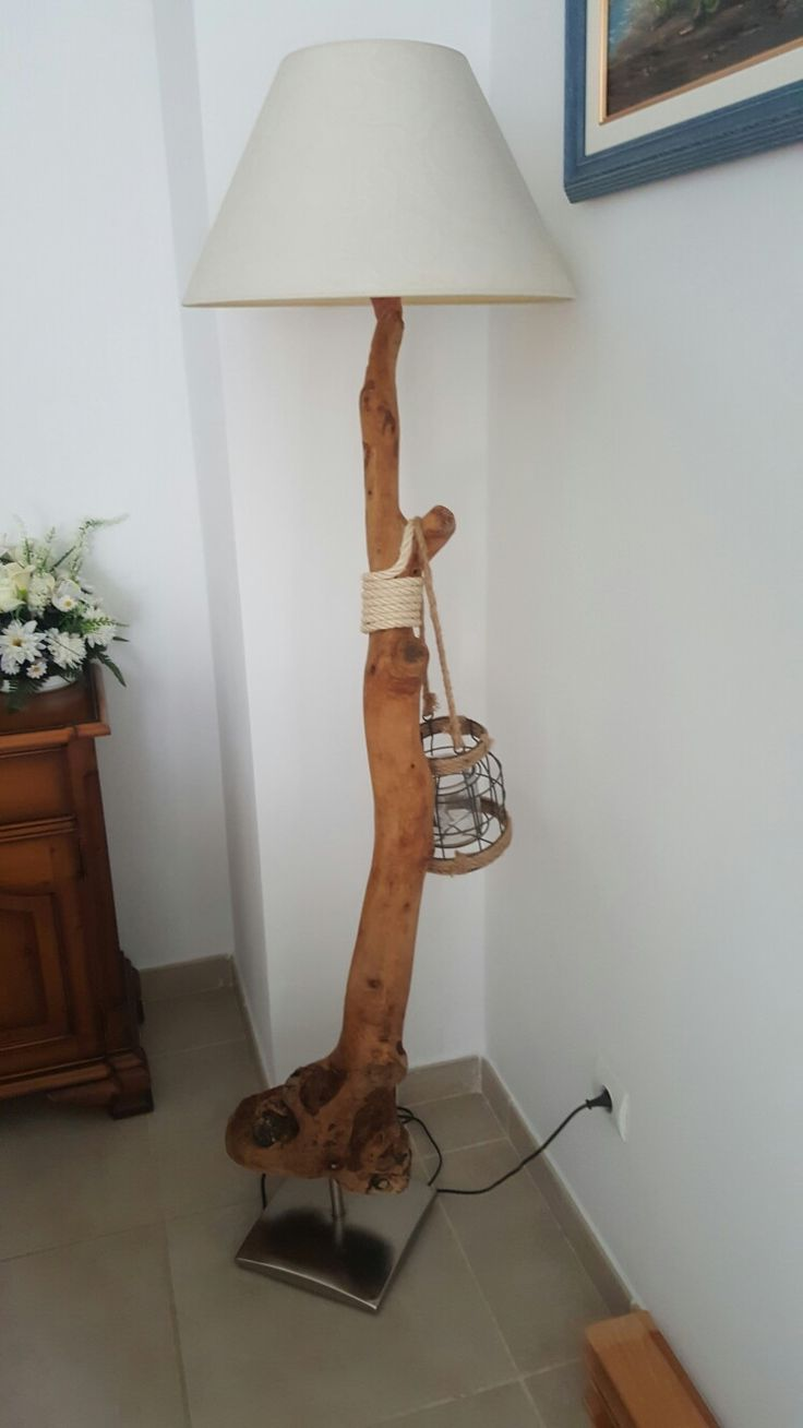 Lampara de pie de salon pieza unica exclusiva de arte moderna diseño único