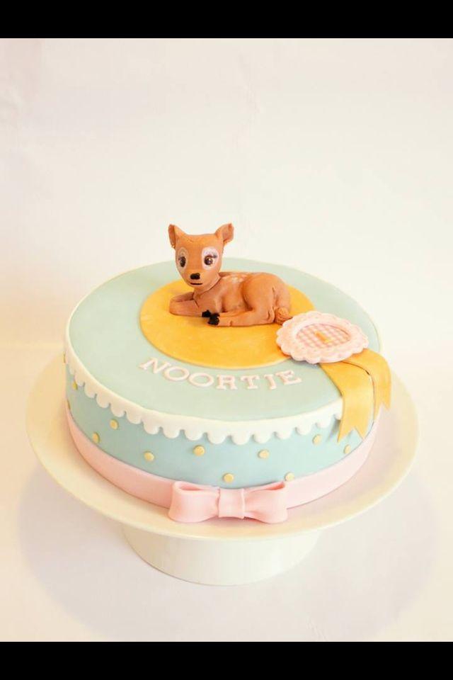 De verjaardagstaart voor ons meisje! Met dank aan Studio Roos!