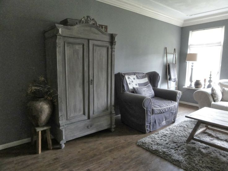 665 best images about painting the past on pinterest grey walls taupe and paint colors - Kleur grijze taupe ...
