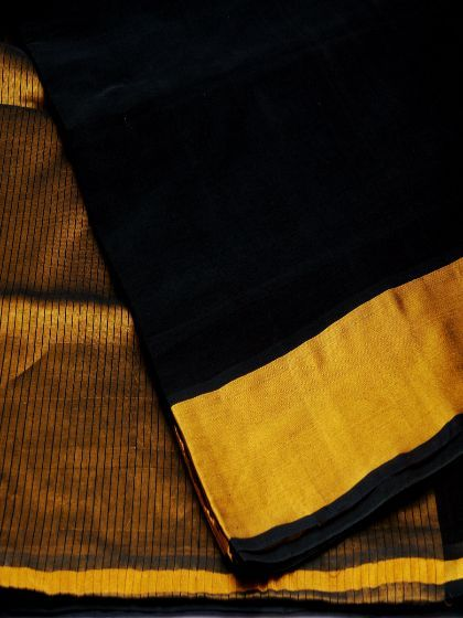 Buy online Venkatagiri cotton sarees at the lowest prices from EthnicIndian. Place your order today for fresh collection of Venkatagiri design sarees.
