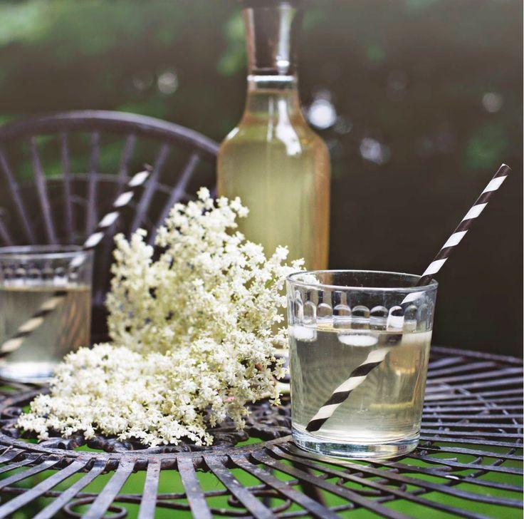 Make your own Elderflower cordial