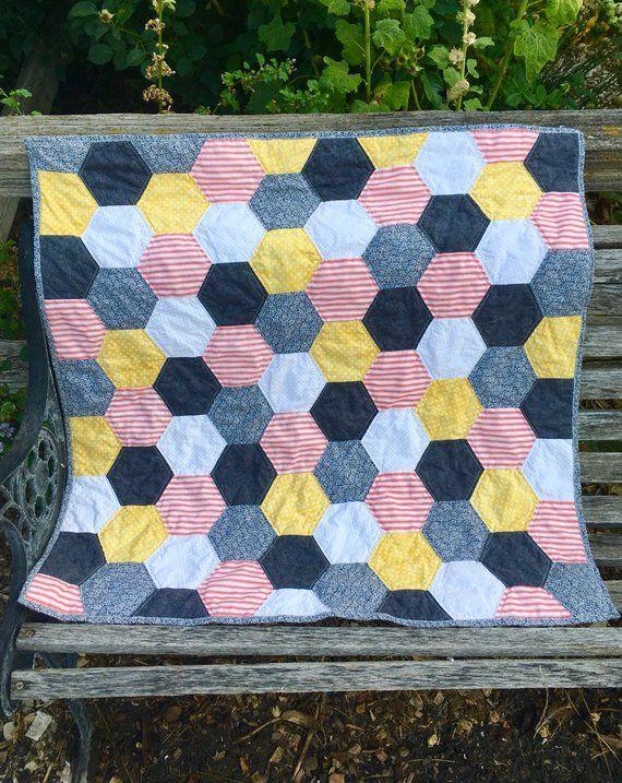 Hexagon quilt-handmade quiltbaby quiltmodern