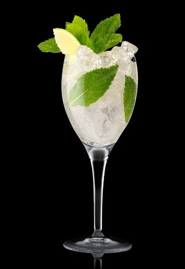 Elderflower Fizz - Non-alcoholic punch recipes: Perfect for parties