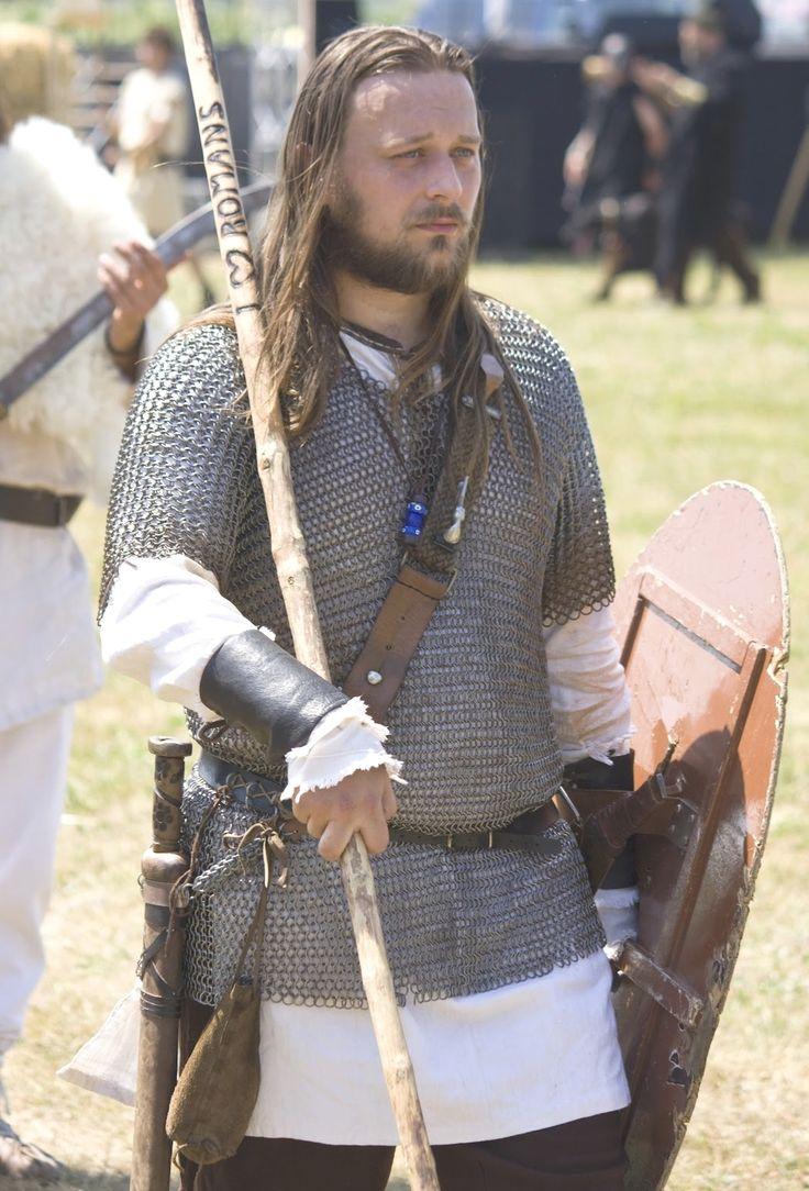 dacian warriors romanian men romanians ancestors dacians weapons