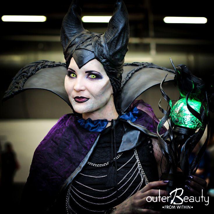 Deliciously creepy #makeup look from #imatsnyc #imats #imatsnewyork #imats2014 #makeupheaven #promakeupartist #mua #makeupartist #promua #outerbeautycosmetics #outerbeautyinc