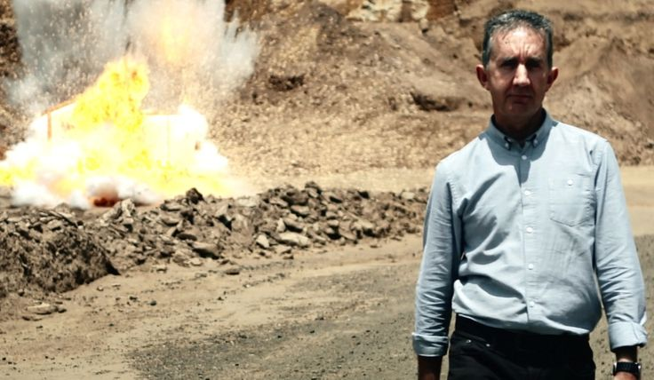 """TEACHING RESOURCE. Nigel Latta is on a mission to discover how a real explosion differs from a movie explosion. He asks the question: """"If it were a real explosion, could I still walk away in slow motion like an action movie hero?"""" Read the story and watch Nigel, as he shows that the biggest action heroes might just be those on a scientific mission!"""