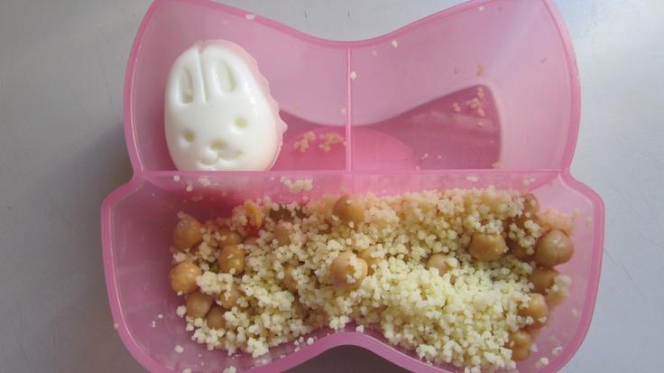 Oeuf lapin et salade de couscous aux pois chiches