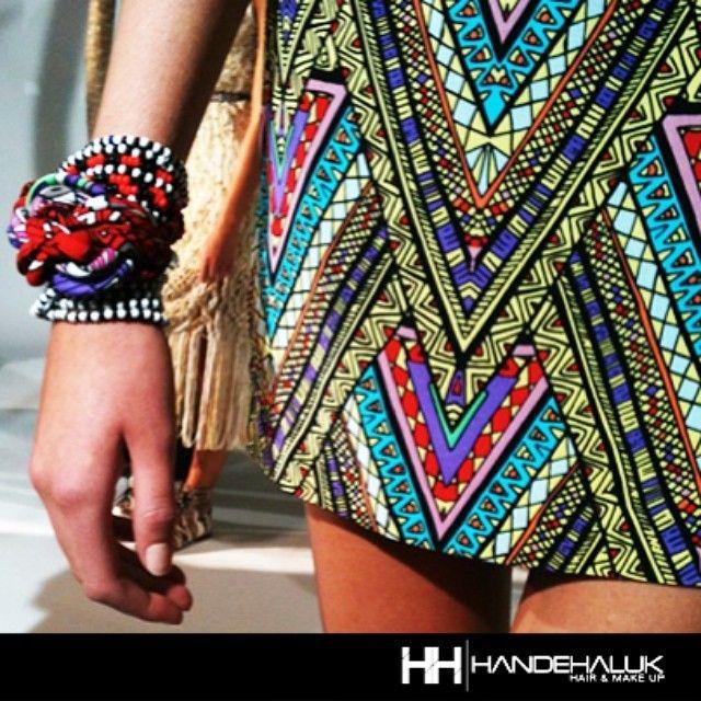 #Trend etnik desenler ile stilinizi tamamlayabilirsiniz. #handehaluk #ulus #zorlu #zorluavm #zorlucenter #hair #hairstyle #instahair #haircolour #hairdye #hairdo #braid #fashion #instafashion #fashion #beauty #beautiful #etnik #etnikdesen #ethnic #style