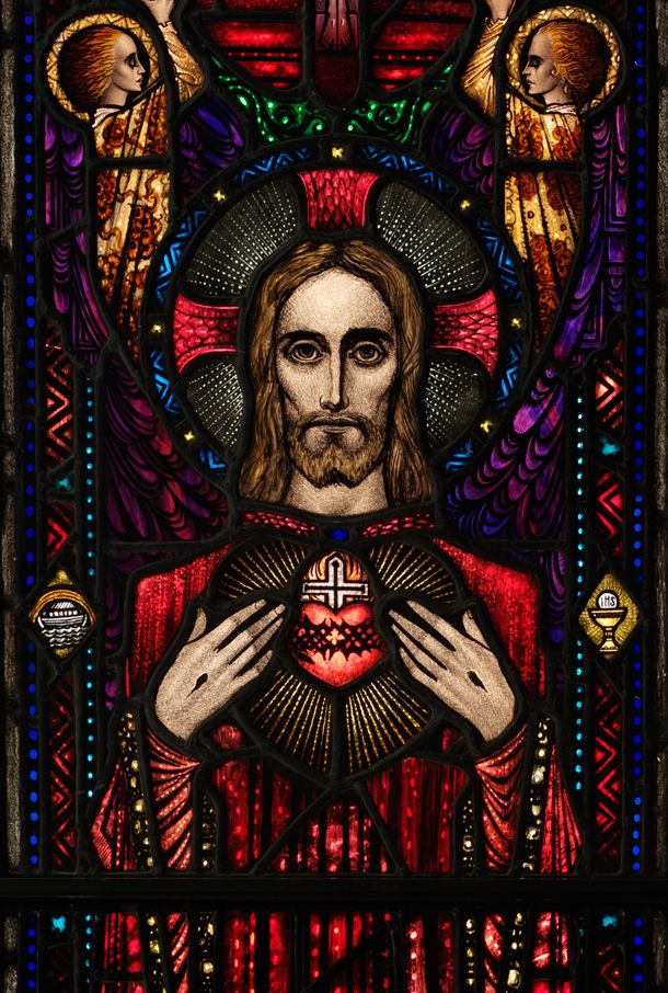 Detail from The Apparition of the Sacred Heart, stained glass panel, studio of Harry Clarke, 1927-8. V&A Museum no. C48:1 to 4-1982