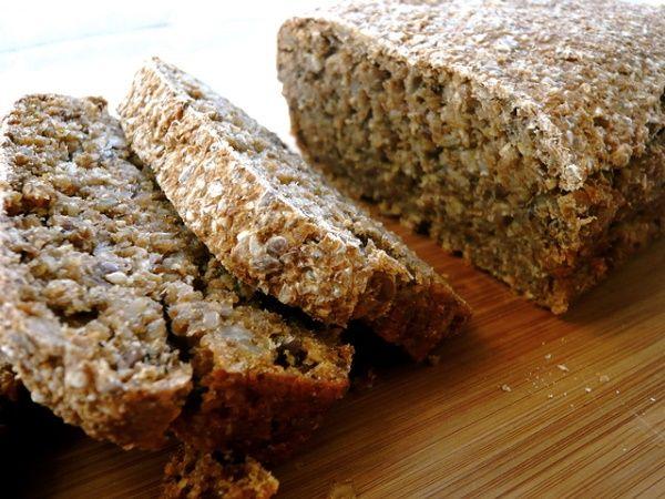 Aqui está um pão saudável e fácil de fazer.