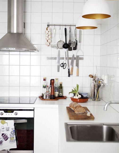 Industrial feel: Kitchens Kitchens Decor, Decor Kitchens, Kitchens Essential, Cozinha Decoraçao, Interiors Design Kitchens, Kitchens Lights, Pendants Lights, Details Kitchens Interiors, Modern Kitchens Design