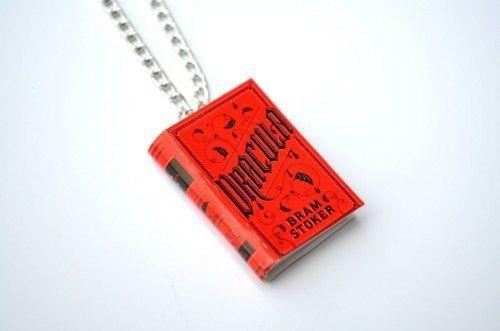 Bram Stokers Dracula Novel Necklace / mini book charm necklace / Vampire  #BramStokers #Charm