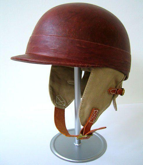 Vintage Auto Racing Helmets | race kleding, handschoenen, helmen