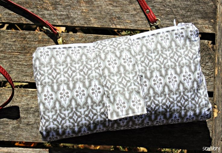 Parcel #7: sewVery- Butterfly Sling Purse
