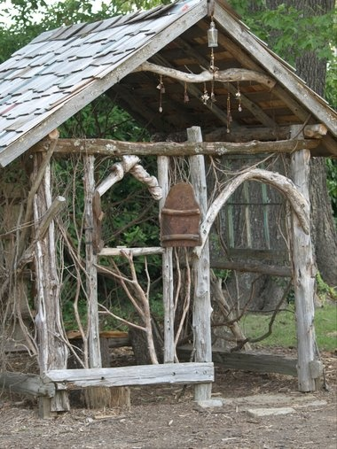 Rustic shed for the garden so cute Home and Garden