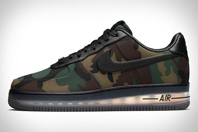 nike air force 1 low max air vt camouflage background