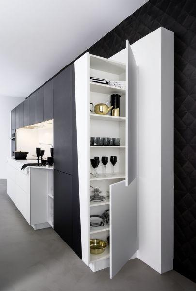 les 25 meilleures id es de la cat gorie placard profond sur pinterest petits placards cellier. Black Bedroom Furniture Sets. Home Design Ideas