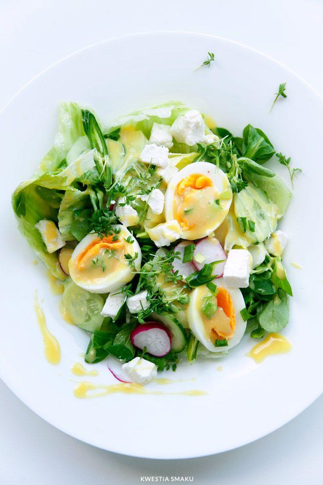 Sałatka z jajkiem i fetą