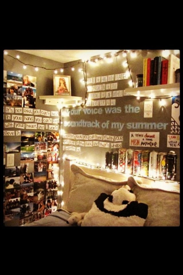 I like the idea of movable words so you can arrange any sentance on your wall...