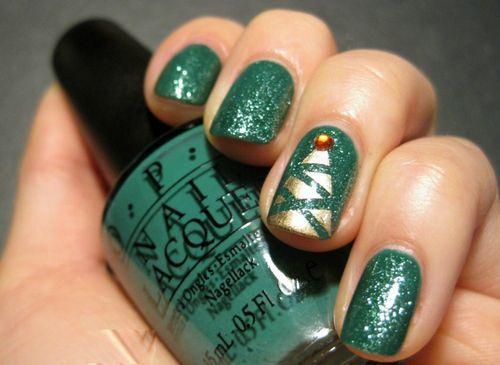 Nail Art Christmas Tree