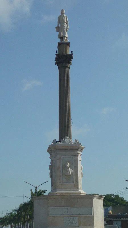 Photo: Monumento a Don Miguel Hidalgo Y Costilla, Ubicado en Av. Hidalgo en Lomas De Rosales Tampico Tamaulipas, Mx.