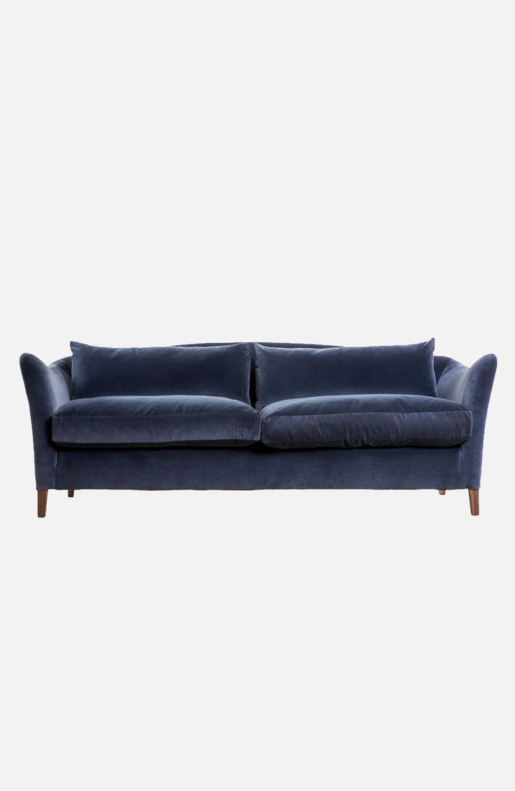 Moreau Sofa, Pinch
