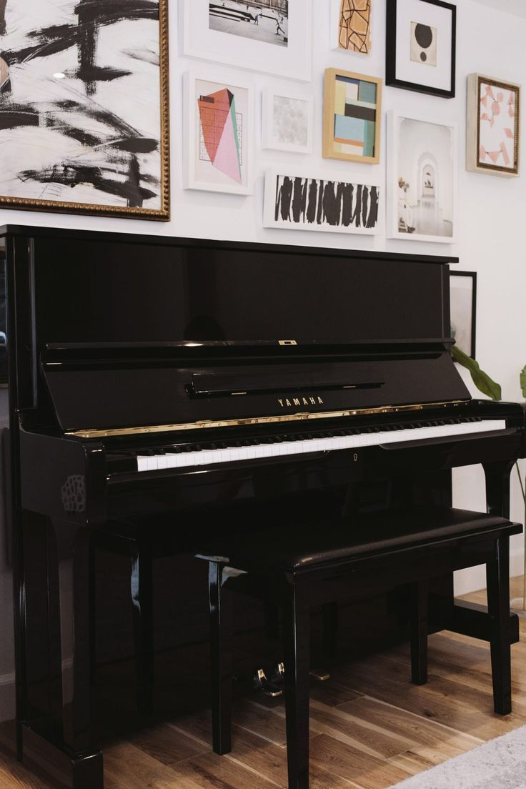 Decorating with a piano - Best 25 Piano Room Decor Ideas On Pinterest Music Decor Music Room Art And Music Studio Decor
