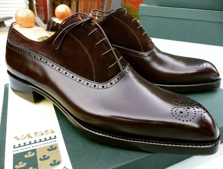 Ascot Shoes : Photo a pair of beauties.