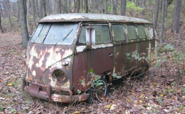 Forest Find 1960 Volkswagen Bus Volkswagen Bus Barn Finds Volkswagen
