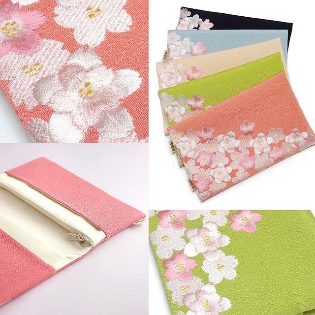 【izawaya_gion】さんのInstagramをピンしています。 《【桜のちりめん刺繍小物入れ(マルチケース)】 鮮やかな色合いのちりめん生地に、立体的な桜の刺繍を贅沢に配しました。 札入れや懐紙入れとしてはもちろん、チケット類や貴重品の管理などにもどうぞ。  #井澤屋 #和装小物 #和小物  #ちりめん小物 #小物入れ #札入れ #財布 #懐紙入れ #マルチケース #桜 #桜模様 #桜柄 #刺繍 #刺しゅう #京都 #祇園》