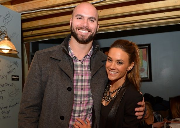 Jana Kramer's Husband Issues Public Apology Amid Cheating Accusations