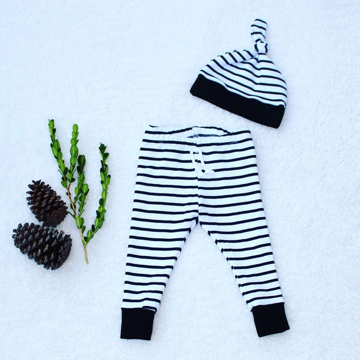 🌲Now available for preorder!🌲 Our popular striped leggings will be back in stock later this month, and they'll go fast! Get your preorders in so you can be the first to get these classic, gender neutral leggings.