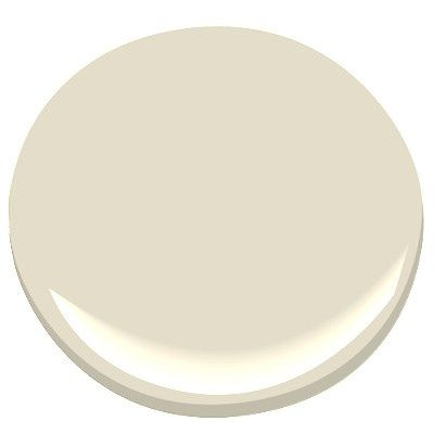 BM Creamy White OC 7: This color truly holds its own – it's a rich, luscious cream with no strange undertones.