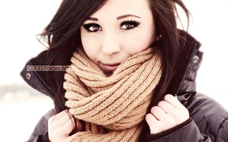 Aria Bentley (model unknown).