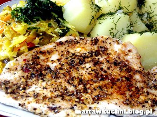 Soczysta pierś z kurczaka z patelni w aromatycznych ziołach | martawkuchni