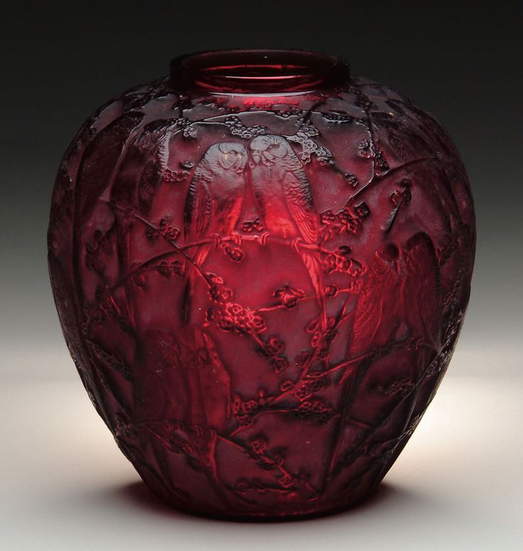 Extremely rare, deep ruby red Perruches vase