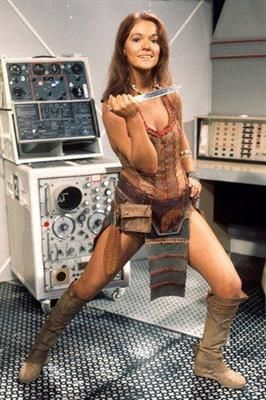 louise jameson age