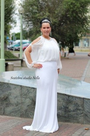 Wedding Dresses White Boho Dress - Bílé dlouhé splývavé svatební šaty s  rukávem -Svatební studio Nella 156a57e964