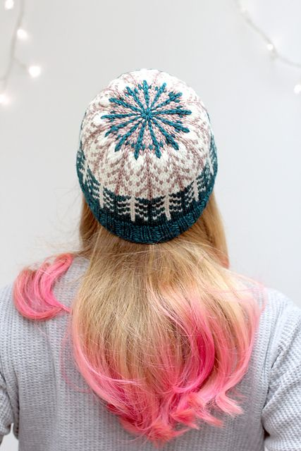Boreal Forest Hat by Renée Callahan | malabrigo Rios in Natural, Sand Bank and Teal Feather