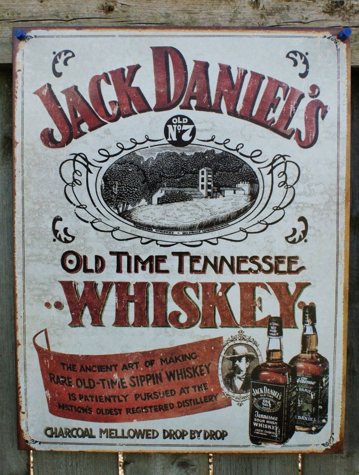Pin Jack Daniels Distiller bottle retro weathered Tin metal Sign Man Cave Bar Beer Alcohol Tennessee Whiskey 15A