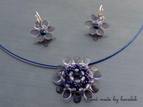 Fialky náhrdelník dárek korálky obojek náušnice modrá levandule fialová elegantní dáreček modré fialové rokajl něžné levandulové kolotoč fialovomodré carousel pip pips