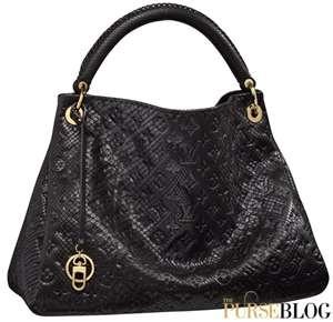 Louis Vitton... in BLACK!Louisvuitton, Fashion, Vuitton Python, Artsy Python, Louis Vitton, Artsy Mm, Python Artsy, Louis Vuitton Handbags, Vuitton Artsy