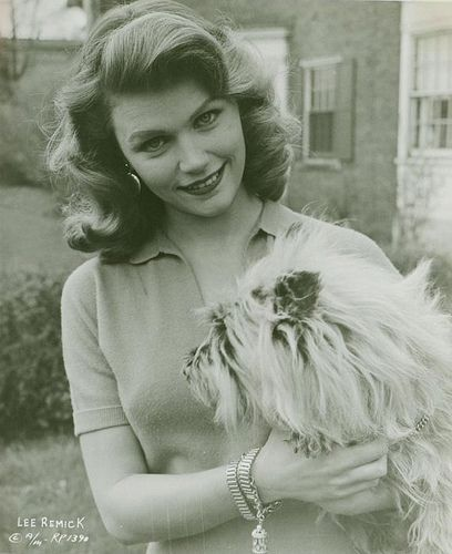 NAME: Lee Ann Remick OCCUPATION: Film Actress, Theater Actress BIRTH DATE: December 13, 1935 DEATH DATE: July 02, 1991 EDUCATION: Barnard College, Actors' Studio PLACE OF BIRTH: Quincy, Massachusetts PLACE OF DEATH: Los Angeles, California less about Lee BEST KNOWN FOR  Actress Lee Remick appeared with Andy Griffith in Elia Kazan's film A Face in the Crowd and also starred opposite Jack Lemmon in Days of Wine and Roses.