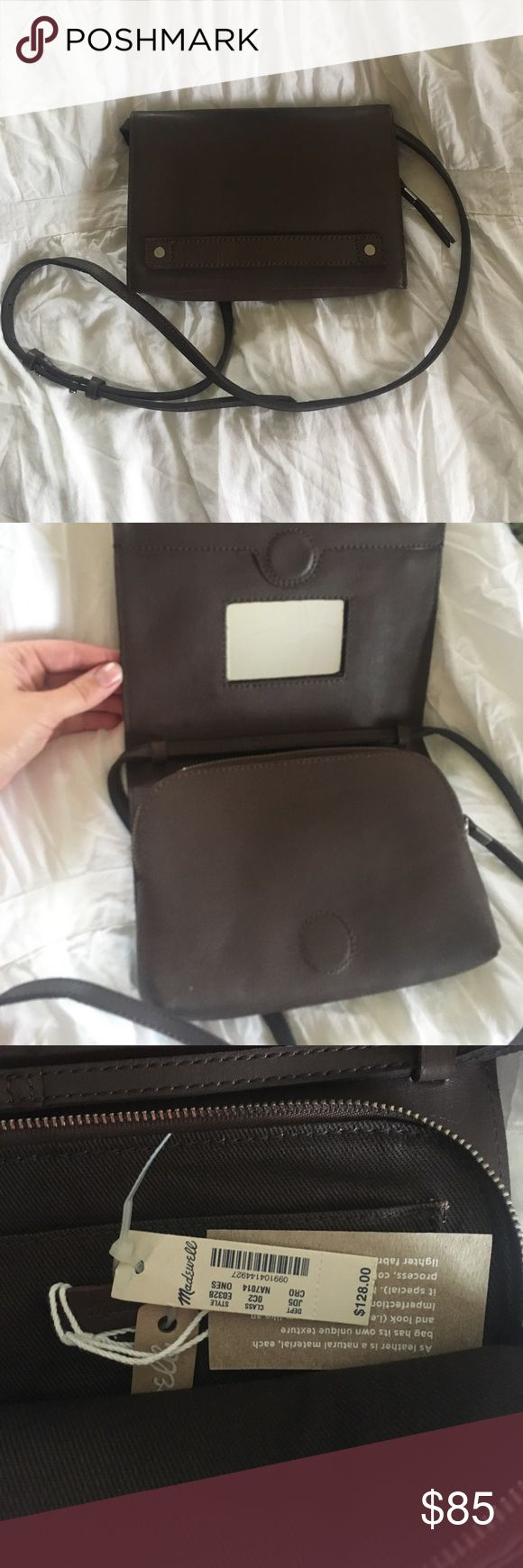 Madewell Morgan Cross Body Bag Grey NWT Never worn! Super cute crossbody bag from madewell. Dark grey leather, zip interior. Open to offers! Madewell Bags Crossbody Bags