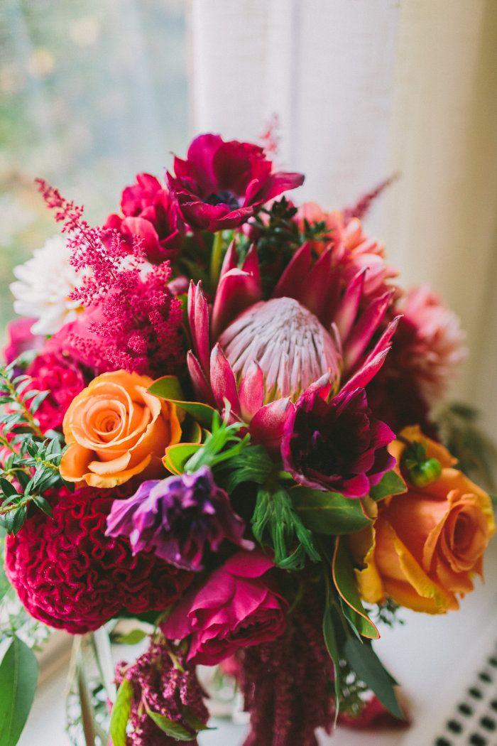 Herbstlicher Brautstrauß mit Protea, nicole baas photography | @hochzeitsplaza | #brautstrauß #bouquet #herbst #herbstlich #herbsthochzeit #inspiration #ideen #hochzeit #brautstrauß #bouquet #herbst #herbstlich #herbsthochzeit #inspiration #ideen #hochzeit