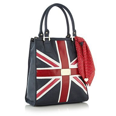 Oh my gosh, I NEED this in my life. Navy 'Union Jack' shopper bag. £36 #bags #fashion #england