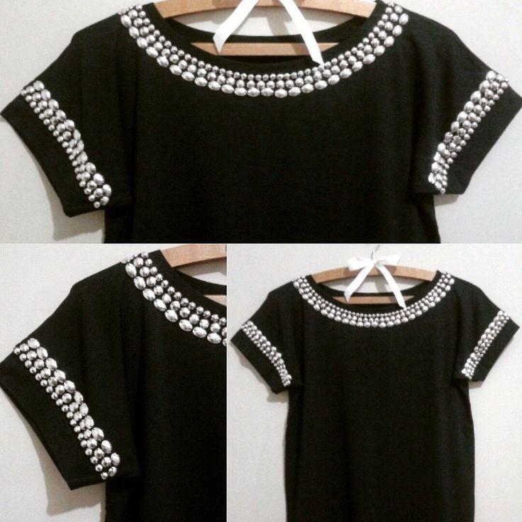 Blusa Preta De Viscolaycra Bordada Com Chatons - R$ 59,90 no MercadoLivre                                                                                                                                                                                 Mais