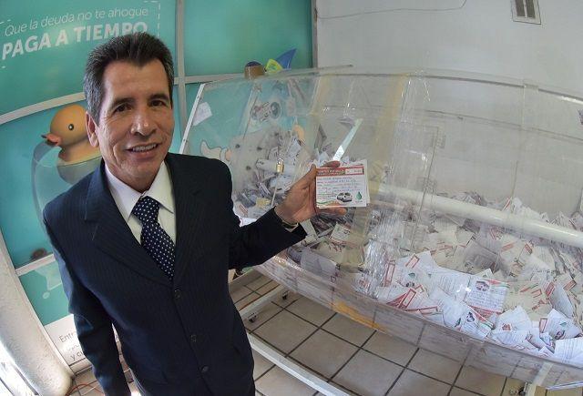 Por segundo año consecutivo, el Sistema Descentralizado de Agua Potable y Alcantarillado de Gómez Palacio rifó entre sus usuarios que...