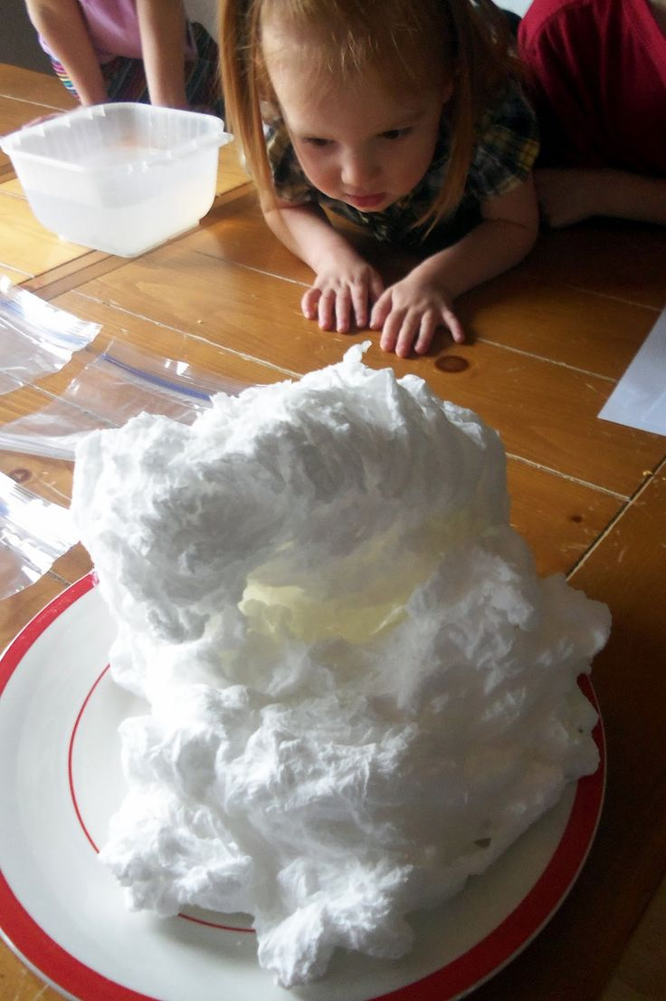 Toddler Boredom Busters: Soap Clouds
